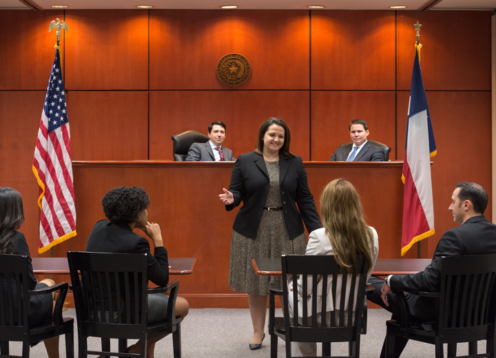 Texas A&M School of Law Students in the Courtroom