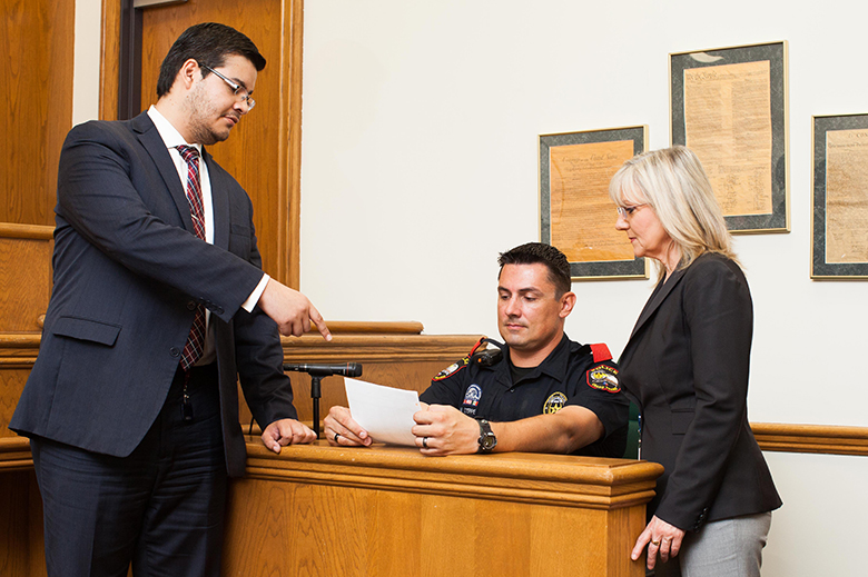Externships-courtroom--Grand Prairie City Atty