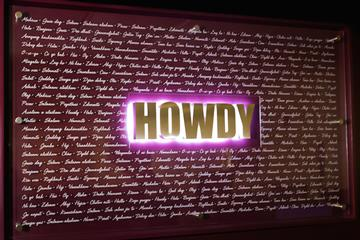 Howdy Sign