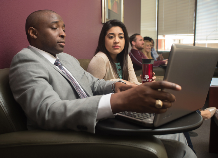 Students-at-laptop