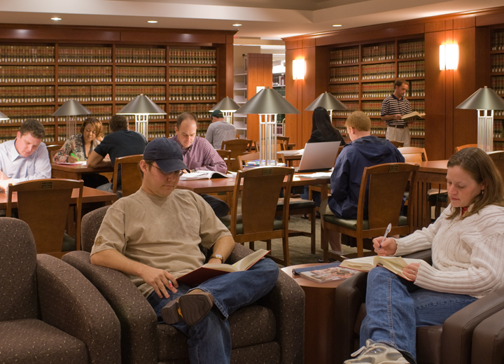 Students-studying-in-law-library