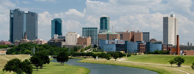 Fort Worth day skyline