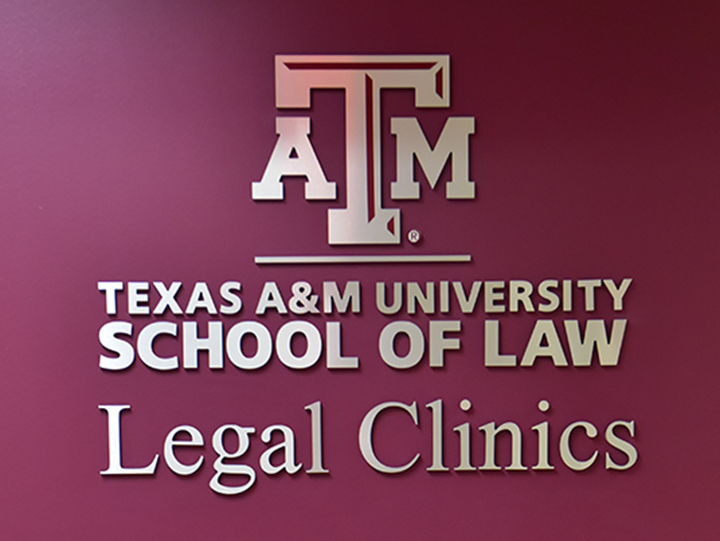 Legal-Clinics-sign